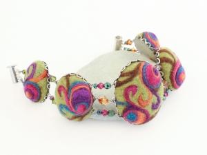 Large Sassy Swirl Bracelet
